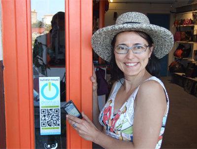 illustration de La Rochelle - Paris : premières étiquettes intelligentes NFC dans la ville en images