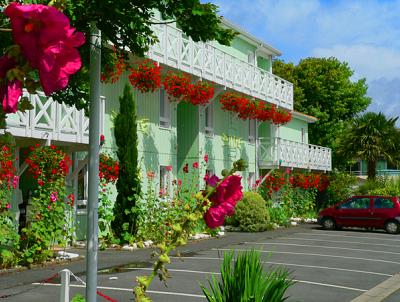 illustration de Fasthotel La Rochelle : week-end plage des Minimes, réservations : 05 46 45 46 00