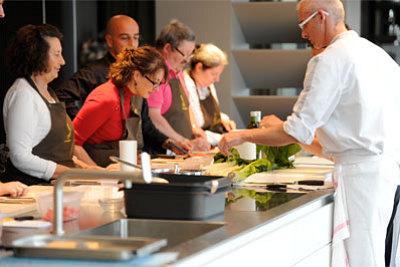 illustration de La Rochelle offre spéciale : cours de cuisine, pâtisserie et sommellerie du 2 au 31 janvier 2013 !