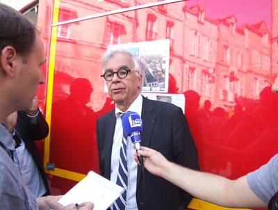 illustration de La Rochelle, l'Hôtel de Ville ravagé par le feu, point presse en vidéo avec Maxime Bono, vendredi 28 juin 2012