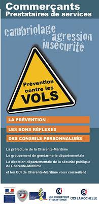 illustration de Charente-Maritime : nouveau dispositif alerte sms commerces avec les services de l'Etat et les CCI  de La Rochelle et Rochefort-Saintonge