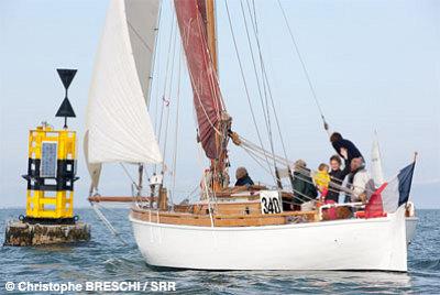 illustration de La Rochelle : succès pour le Tour de Ré 2014 avec 180 bateaux, RV en 2015 !