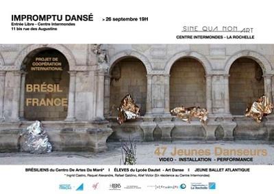 illustration de La Rochelle : impromptu dansé au Centre Intermondes, vendredi 26 septembre 2014 avec Sine Qua Non Art et Centro de Artes da Maré