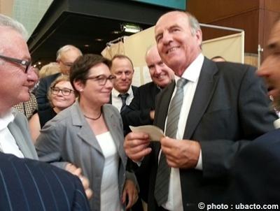 illustration de Charente-Maritime : 2 sénateurs pour l'UMP,  Daniel Laurent réélu, Corinne Imbert 1ère sénatrice du département