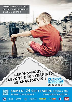 illustration de Appel à bénévoles à La Rochelle pour la pyramide de chaussures de Handicap International du 24 septembre 2016