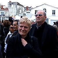 Photo  de © photo : ubacto - Xynthia, habitants d'Aytré, manifestion à La Rochelle, 14 avril 2010