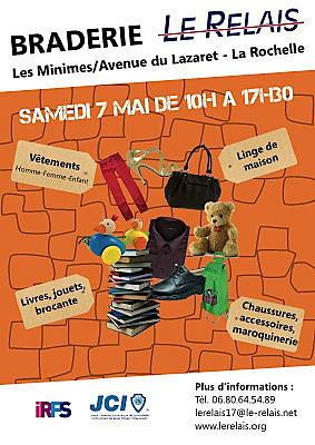 Photo : Le Relais : braderie à La Rochelle, collecte de textiles en Charente-Maritime le 7 mai 2011
