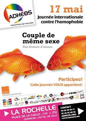 Photo : La Rochelle, journée mondiale contre l'homophobie avec Adhéos, mardi 17 mai 2011