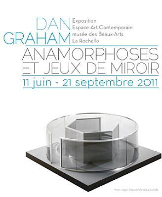 Photo : La Rochelle - exposition : Dan Graham, anamorphoses et jeux de miroir jusqu'au 21 sept. 2011